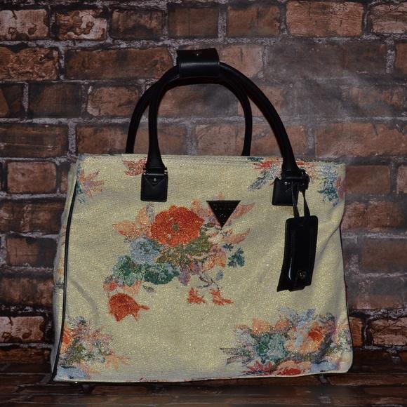 Guess Bags   Furrina Floral Tote   Poshmark f75ba9e3d3
